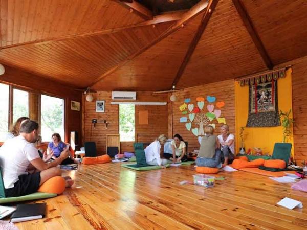 sala-de-madera-actividades-solterreno